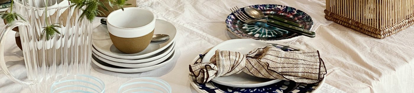 SUMMER TABLE IN THE AIAYU STORE: POTTERY BY NØRR & LEO STUDIO